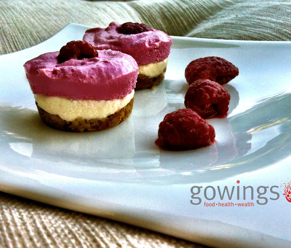 Gowings_RawsBerry_Cheesecake_slider